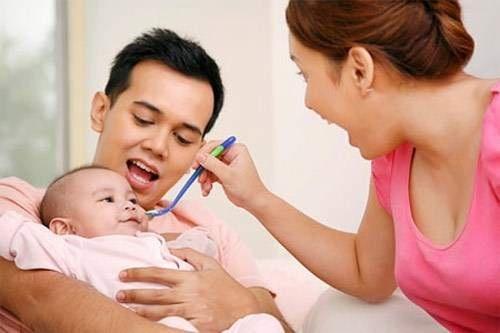 Dịch vụ chăm sóc em bé tìm người giữ trẻ 2